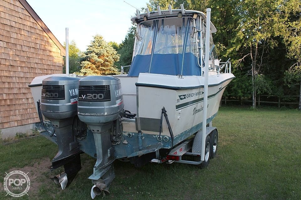 1991 Grady-White boat for sale, model of the boat is Dolphin 25 & Image # 4 of 26