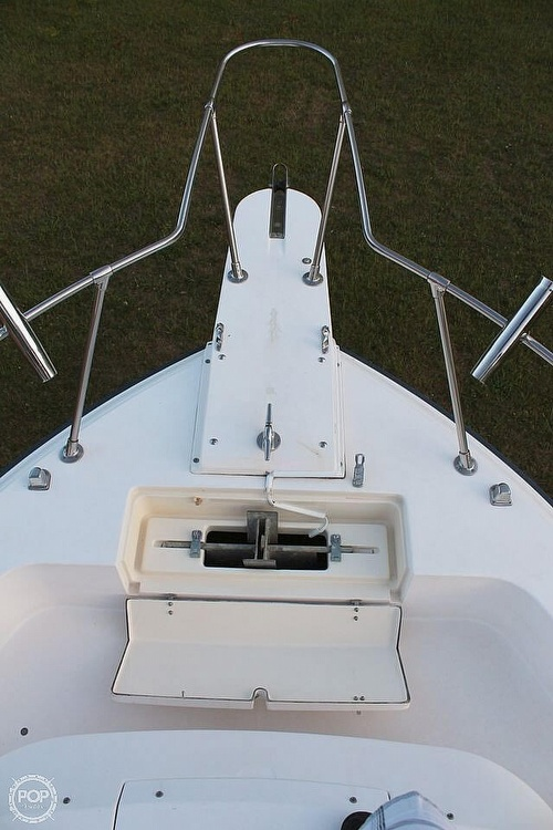 1991 Grady-White boat for sale, model of the boat is Dolphin 25 & Image # 9 of 26