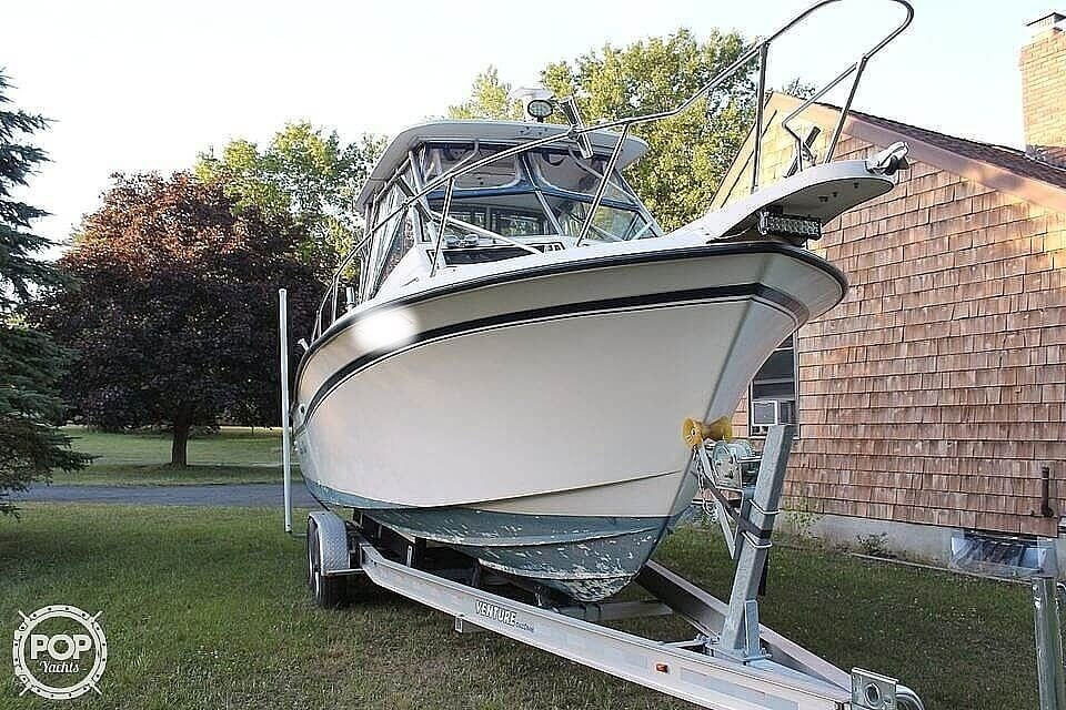 1991 Grady-White boat for sale, model of the boat is Dolphin 25 & Image # 5 of 26