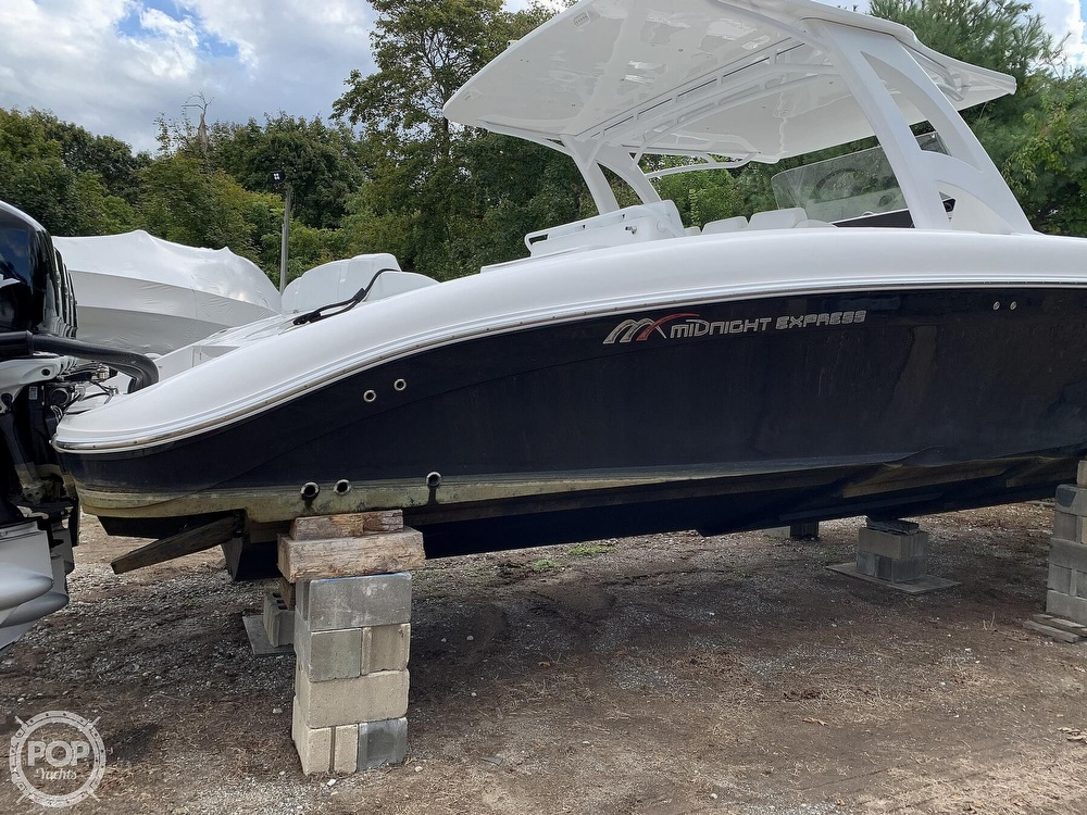 2016 Midnight Express boat for sale, model of the boat is 43 Center Console & Image # 5 of 40