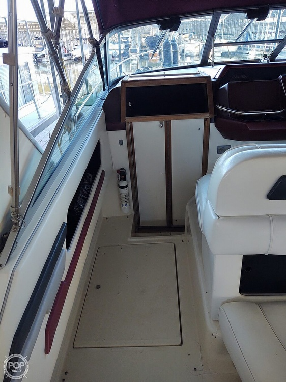 1990 Sea Ray boat for sale, model of the boat is 310 Sundancer & Image # 12 of 20