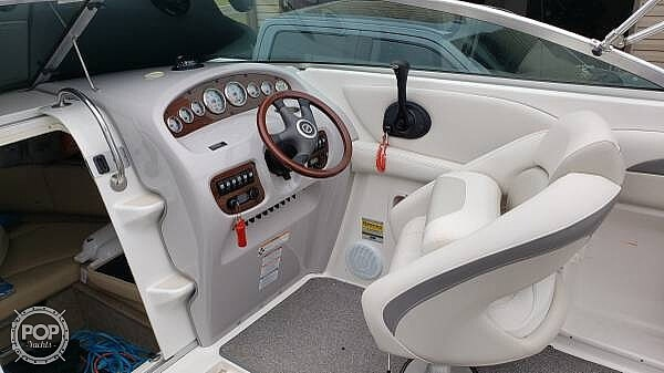 2007 Chaparral boat for sale, model of the boat is 235 SSI & Image # 9 of 15