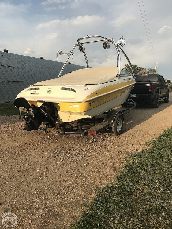 2001 VIP boat for sale, model of the boat is 1996 LTD Valiant & Image # 2 of 14