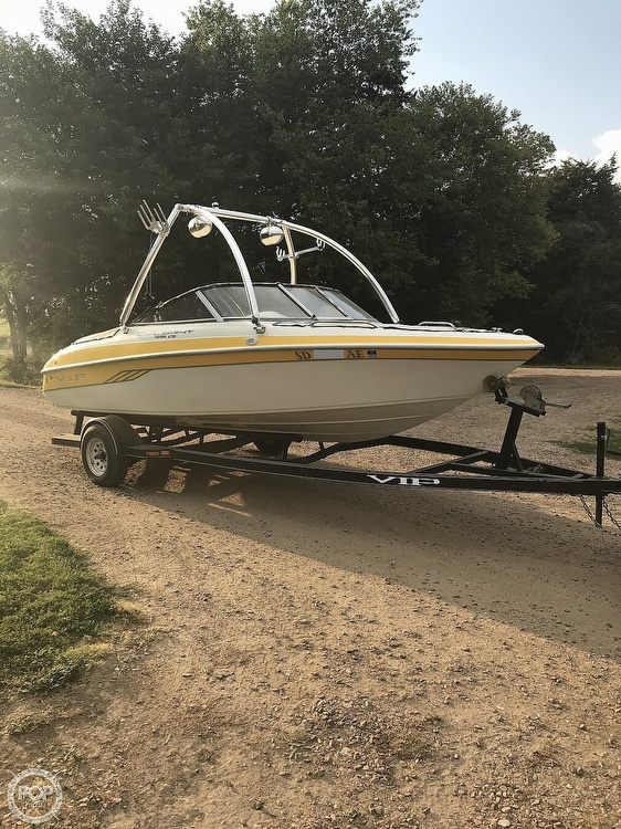 2001 VIP boat for sale, model of the boat is 1996 LTD Valiant & Image # 3 of 14