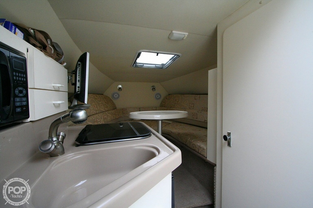 2004 Glastron boat for sale, model of the boat is GS279 & Image # 4 of 40