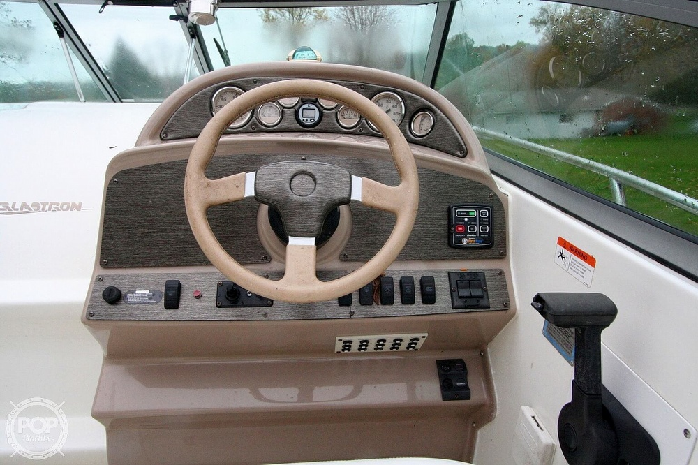 2004 Glastron boat for sale, model of the boat is GS279 & Image # 6 of 40