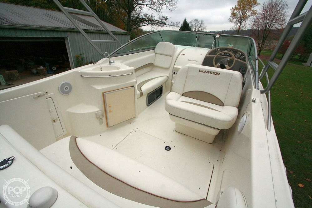 2004 Glastron boat for sale, model of the boat is GS279 & Image # 22 of 40