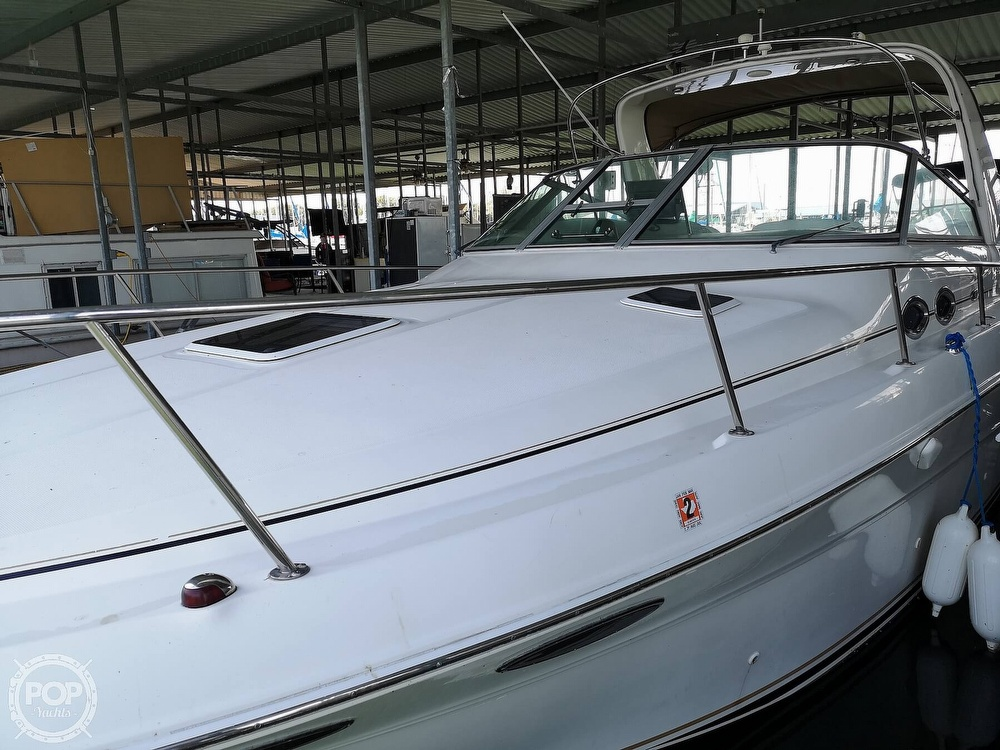 2002 Sea Ray boat for sale, model of the boat is 310 Sundancer & Image # 25 of 40