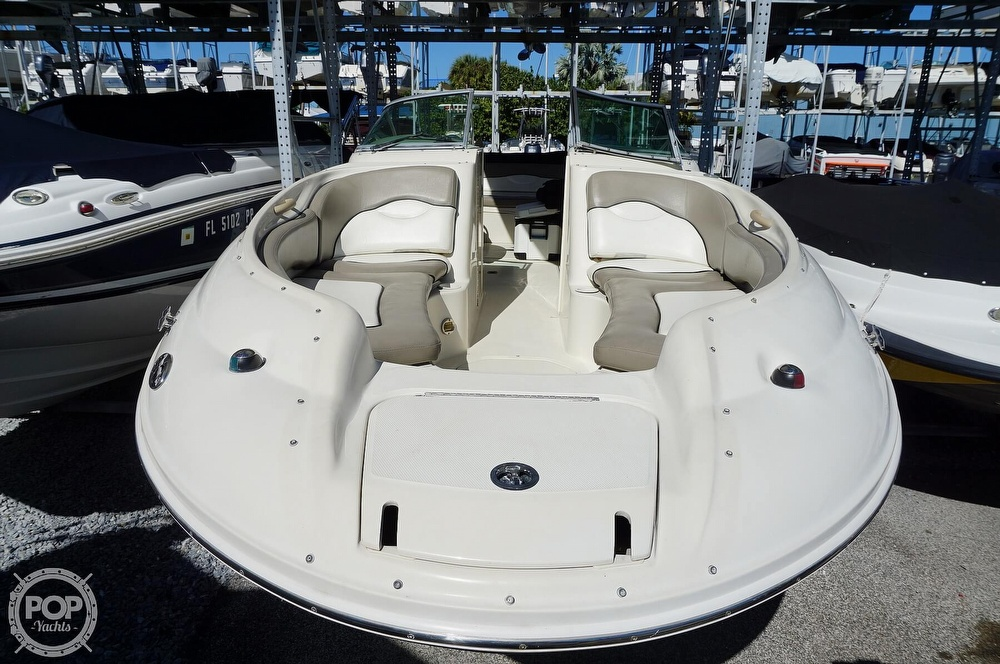 2004 Sea Ray boat for sale, model of the boat is 240 Sundeck & Image # 2 of 40