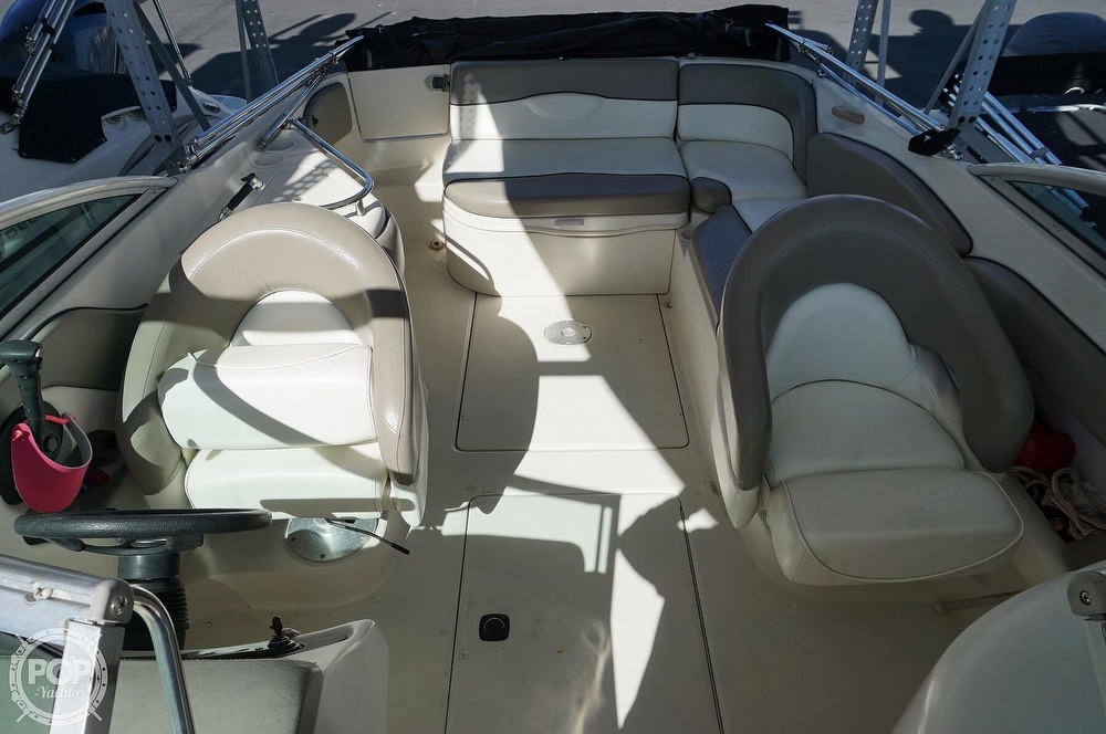 2004 Sea Ray boat for sale, model of the boat is 240 Sundeck & Image # 24 of 40