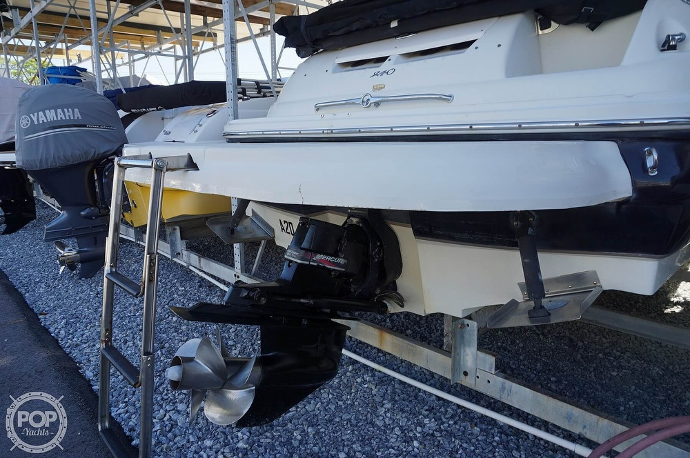2004 Sea Ray boat for sale, model of the boat is 240 Sundeck & Image # 4 of 40