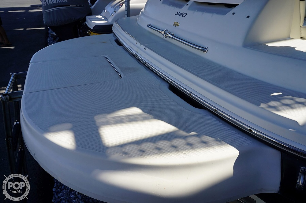 2004 Sea Ray boat for sale, model of the boat is 240 Sundeck & Image # 33 of 40