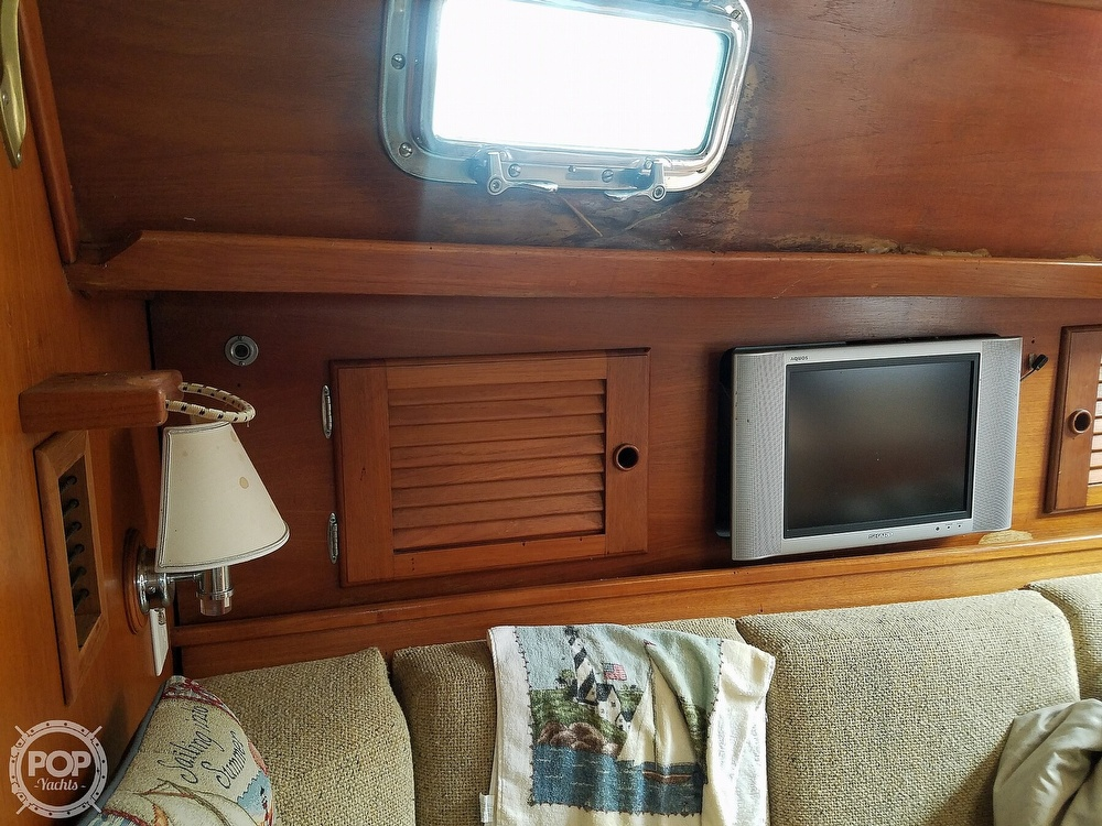 1980 Pearson boat for sale, model of the boat is 424 & Image # 36 of 40