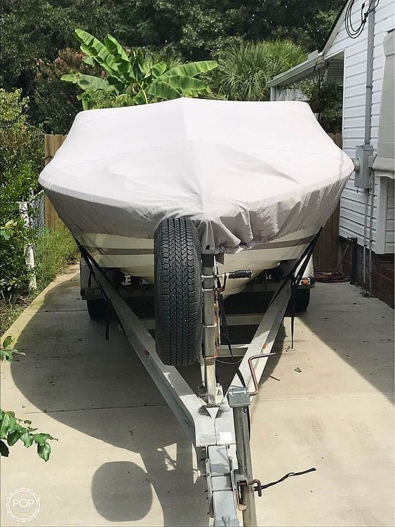 2002 Cobalt boat for sale, model of the boat is 226 & Image # 3 of 40