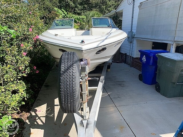 2002 Cobalt boat for sale, model of the boat is 226 & Image # 13 of 40