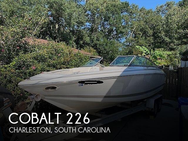 2002 COBALT 226 for sale