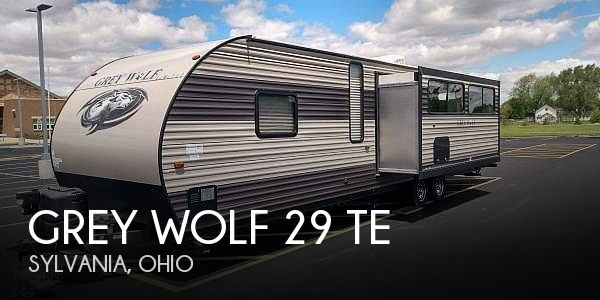 2017 Forest River Grey Wolf 39RDSE