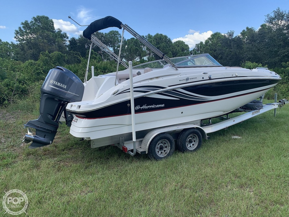 2014 Hurricane boat for sale, model of the boat is SunDeck 2400 & Image # 3 of 40