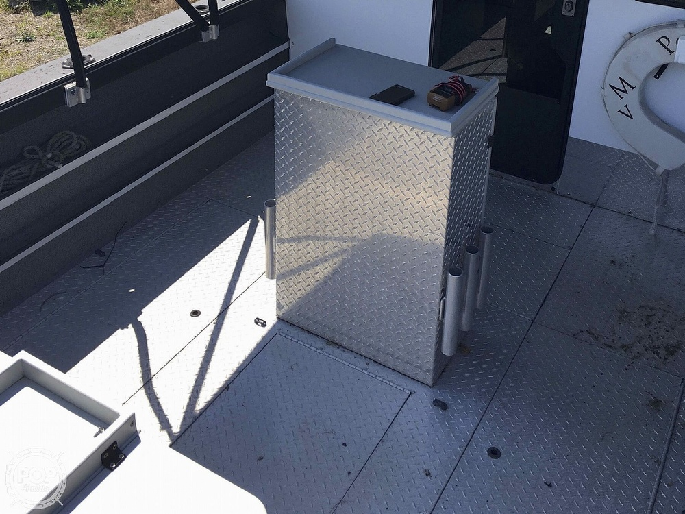 2007 Motion Marine boat for sale, model of the boat is 26 Outback Offshore LXV & Image # 7 of 40