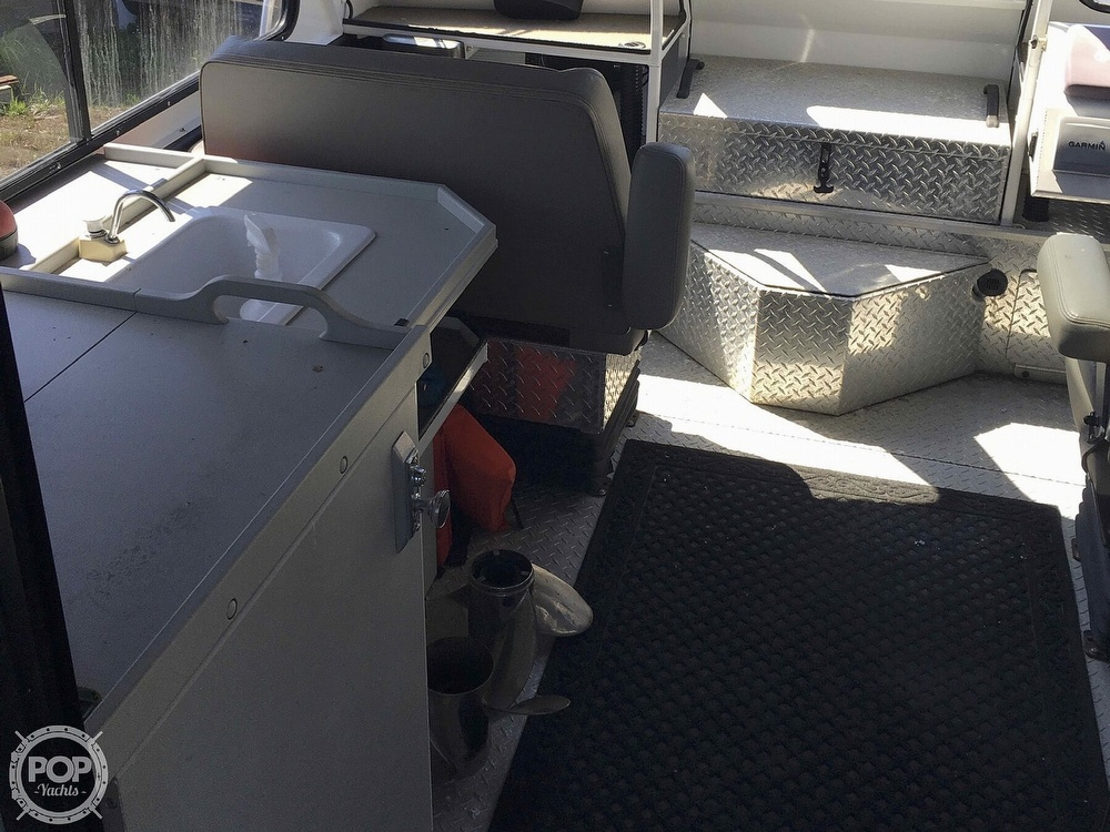 2007 Motion Marine boat for sale, model of the boat is 26 Outback Offshore LXV & Image # 12 of 40