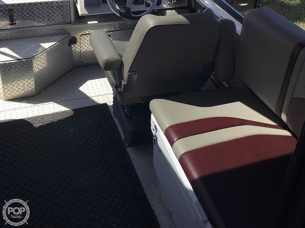 2007 Motion Marine boat for sale, model of the boat is 26 Outback Offshore LXV & Image # 19 of 40