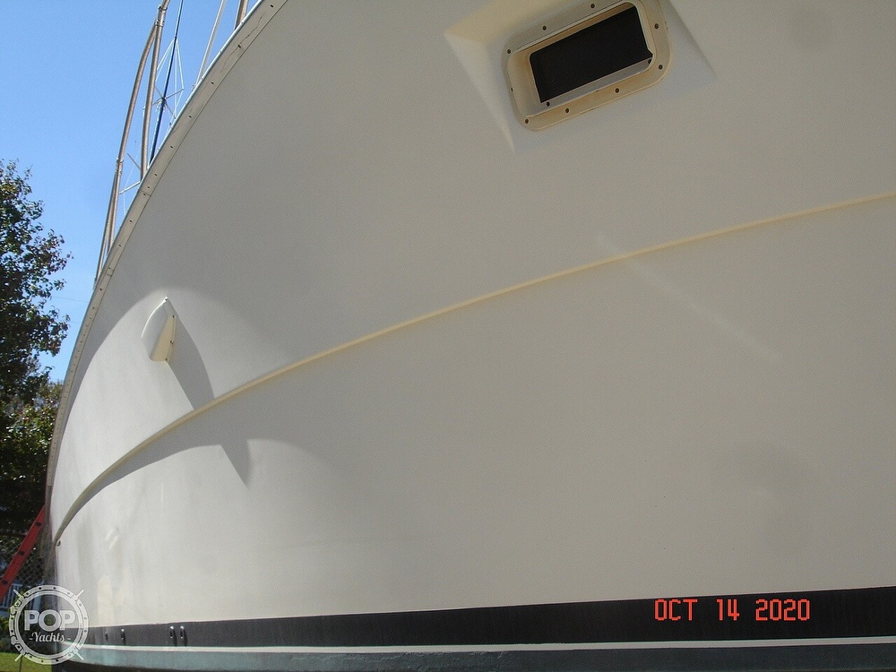 1982 Viking boat for sale, model of the boat is 46 Sportfish & Image # 4 of 40