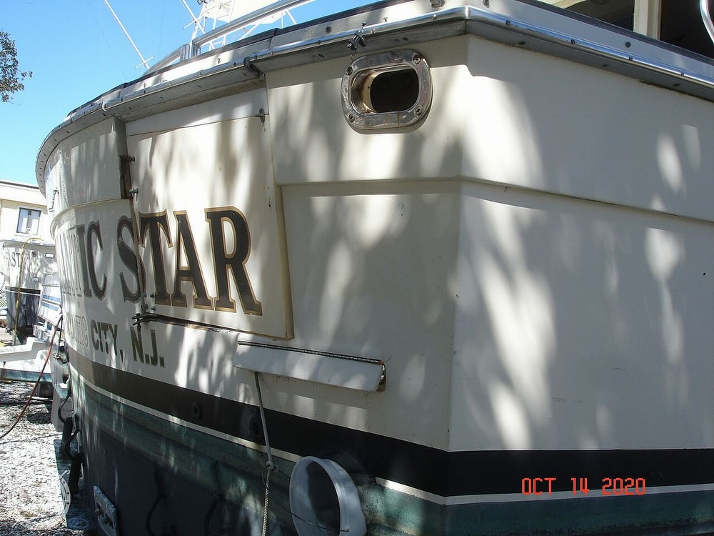 1982 Viking boat for sale, model of the boat is 46 Sportfish & Image # 7 of 40