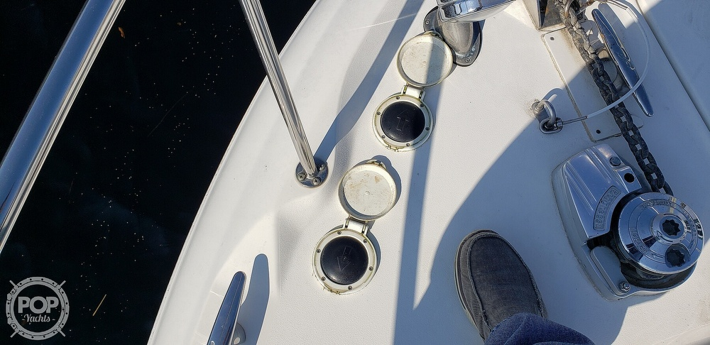 2001 Sea Ray boat for sale, model of the boat is 340 Sundancer & Image # 30 of 40