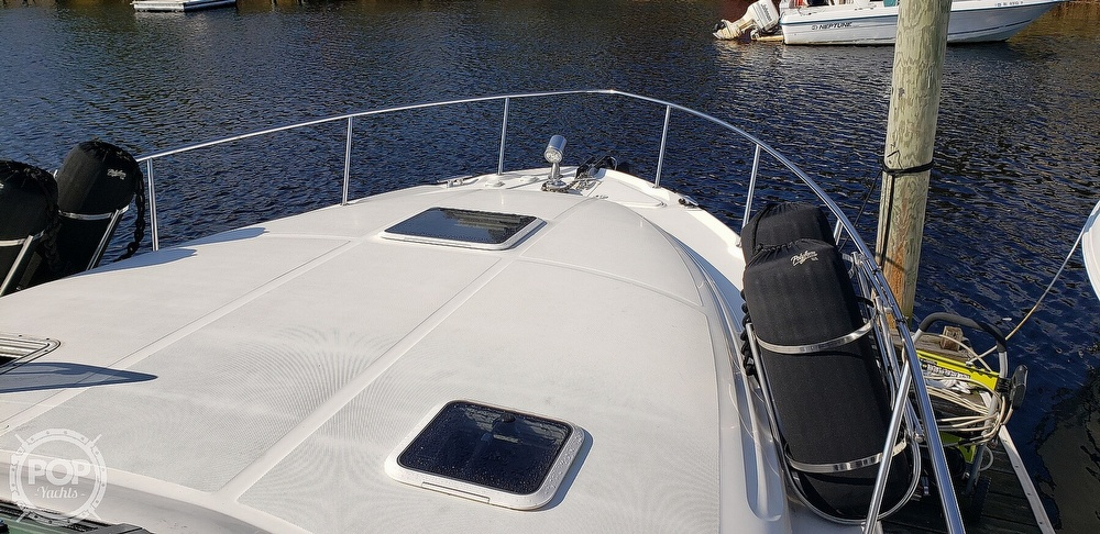 2001 Sea Ray boat for sale, model of the boat is 340 Sundancer & Image # 16 of 40
