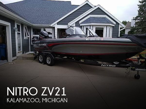 2014 21 foot Nitro Zv Tracker White River - image 1