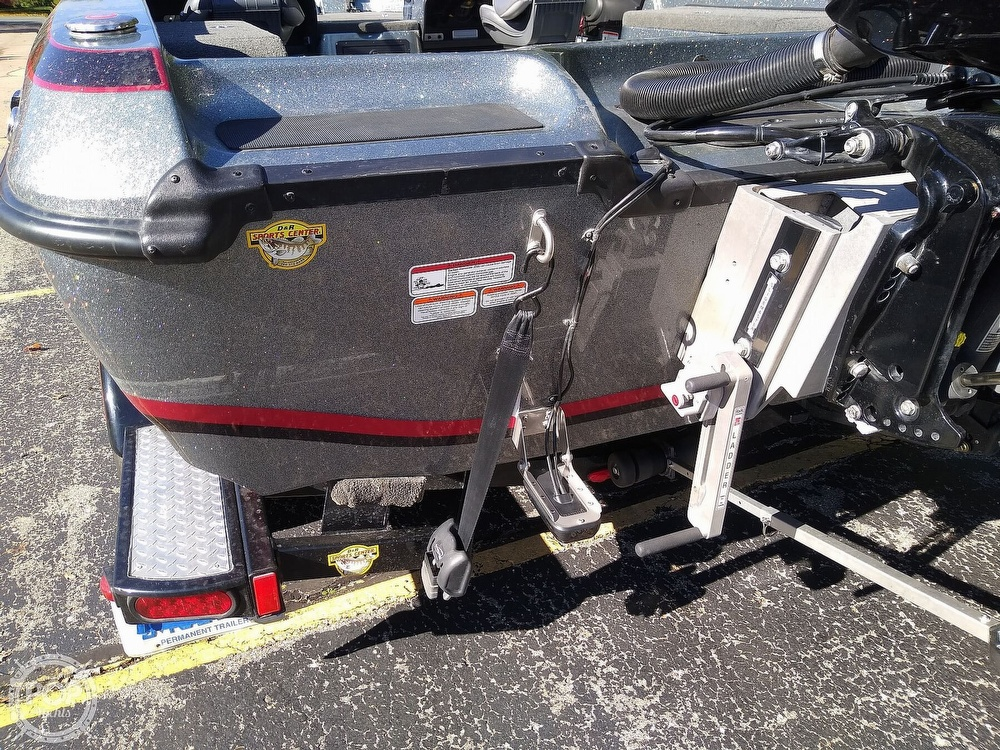2014 Nitro boat for sale, model of the boat is ZV21 & Image # 35 of 40