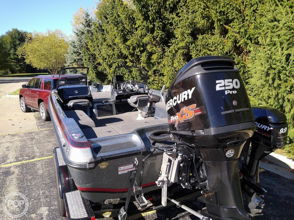 2014 Nitro boat for sale, model of the boat is ZV21 & Image # 3 of 40