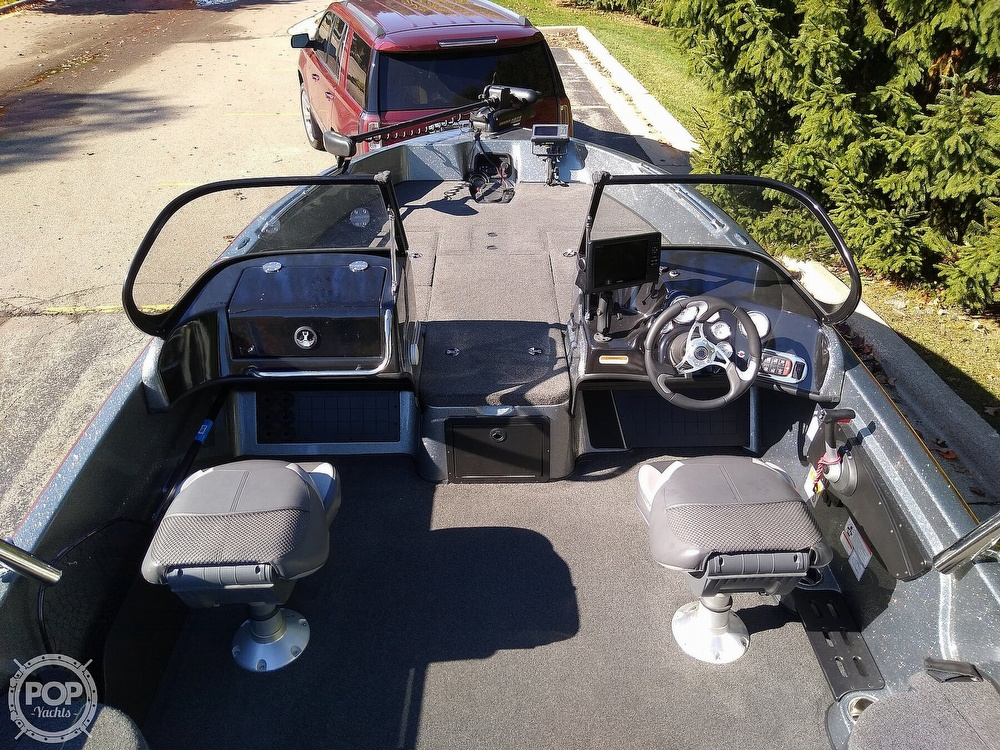 2014 Nitro boat for sale, model of the boat is ZV21 & Image # 9 of 40
