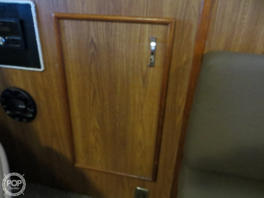 1987 Chris Craft boat for sale, model of the boat is Catalina 381 & Image # 21 of 40