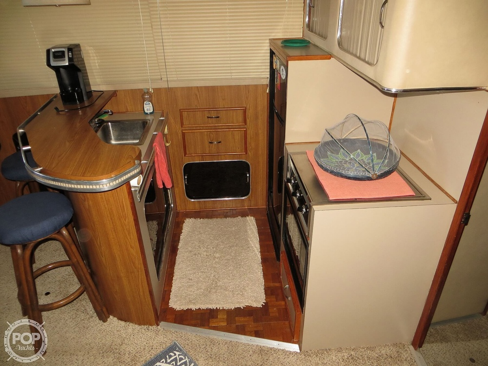 1987 Chris Craft boat for sale, model of the boat is Catalina 381 & Image # 39 of 40