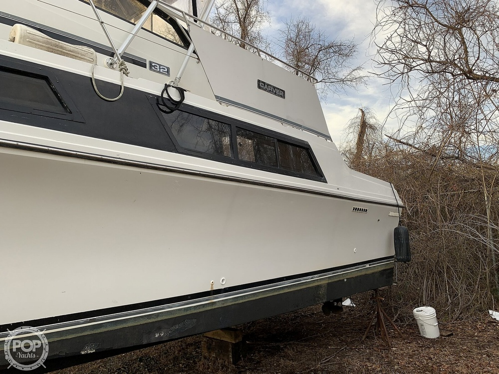 1986 Carver boat for sale, model of the boat is 3297 Mariner & Image # 25 of 40