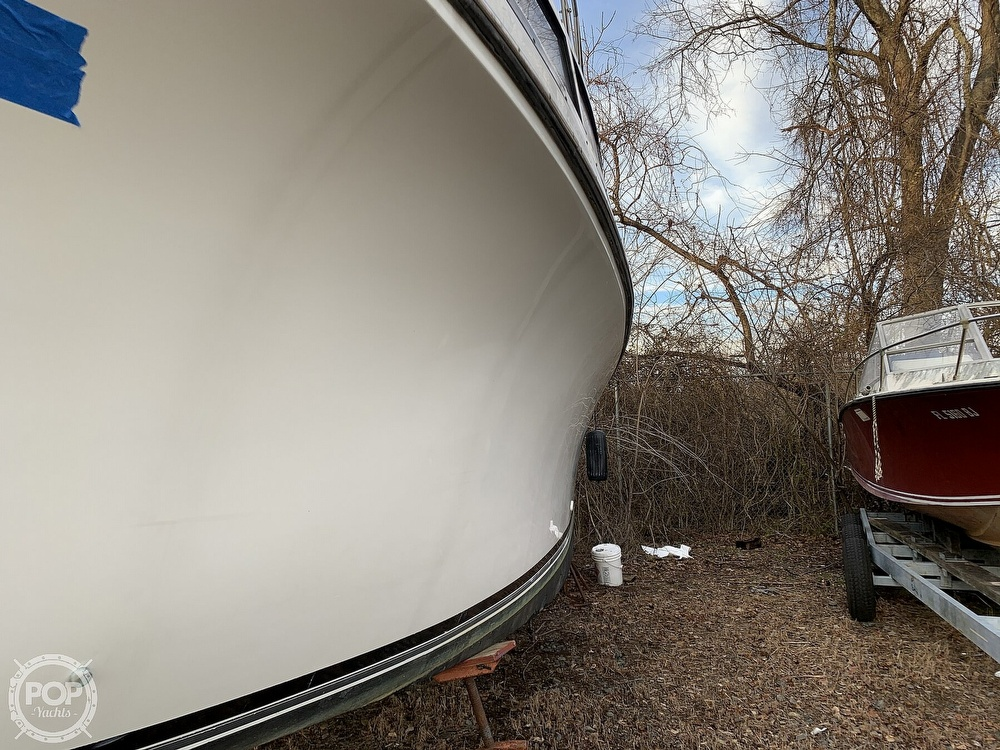 1986 Carver boat for sale, model of the boat is 3297 Mariner & Image # 26 of 40
