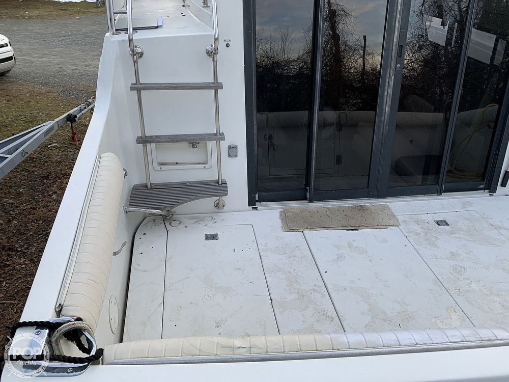 1986 Carver boat for sale, model of the boat is 3297 Mariner & Image # 36 of 40
