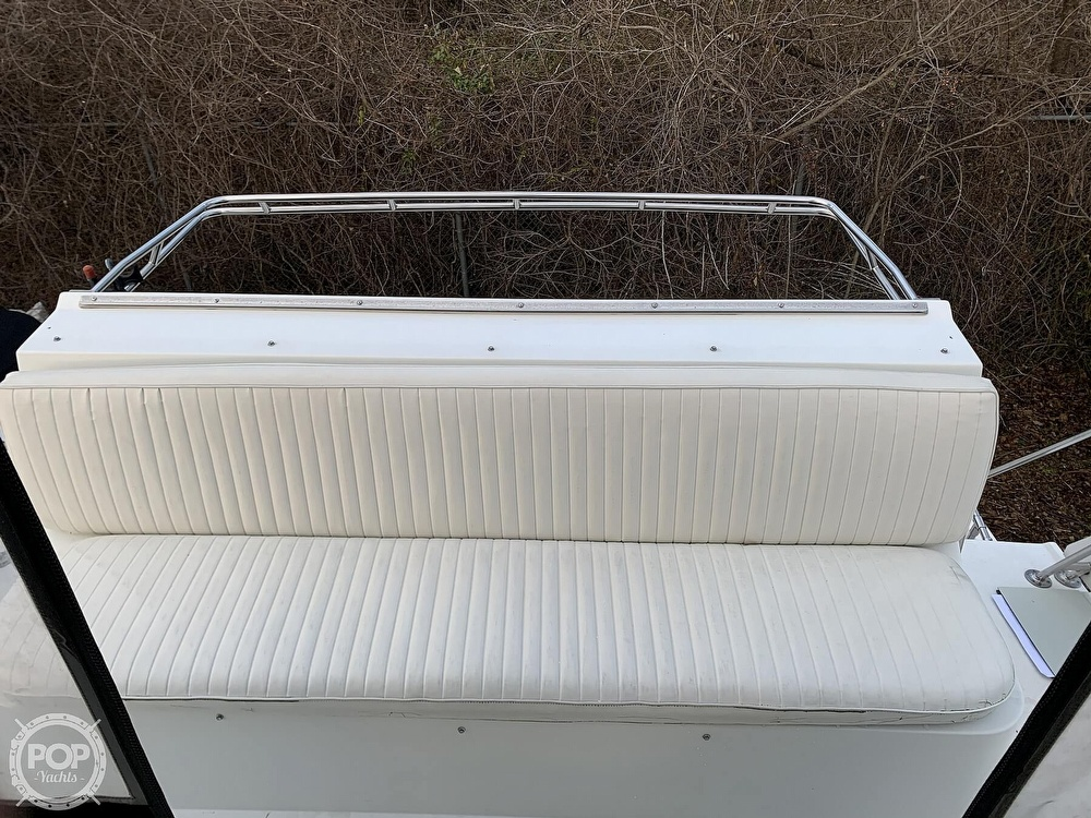 1986 Carver boat for sale, model of the boat is 3297 Mariner & Image # 2 of 40