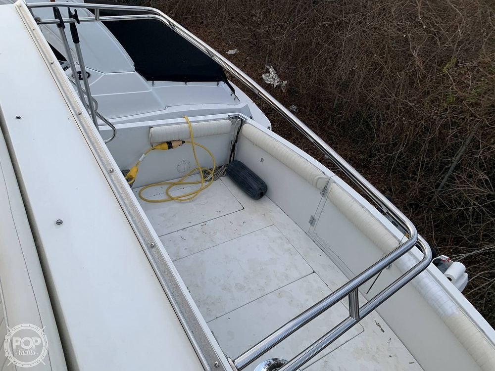 1986 Carver boat for sale, model of the boat is 3297 Mariner & Image # 11 of 40