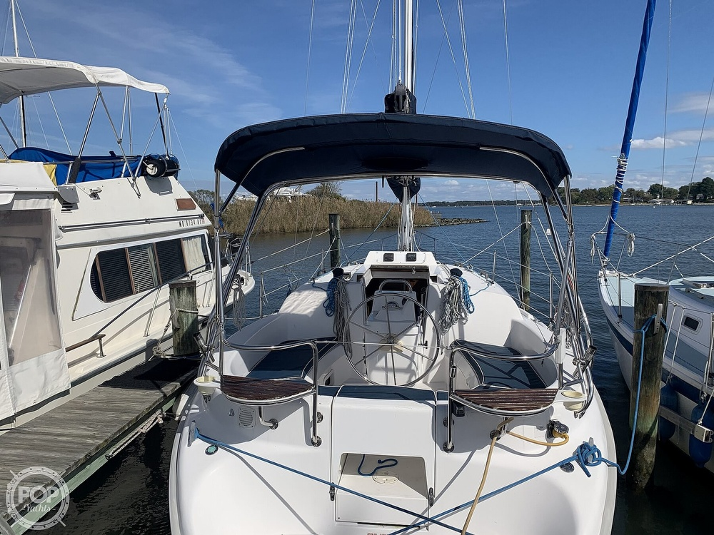 2000 Hunter boat for sale, model of the boat is 290 & Image # 6 of 40