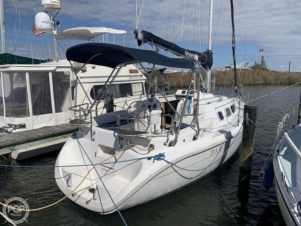 2000 Hunter boat for sale, model of the boat is 290 & Image # 10 of 40