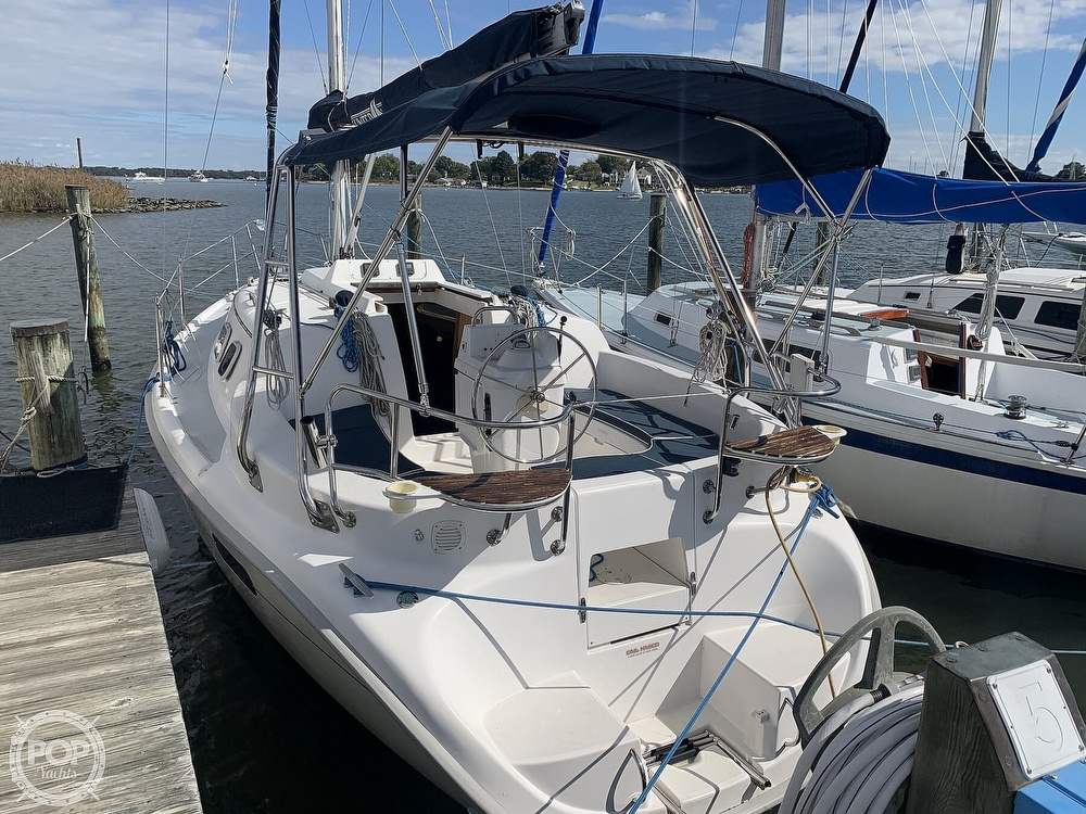 2000 Hunter boat for sale, model of the boat is 290 & Image # 17 of 40