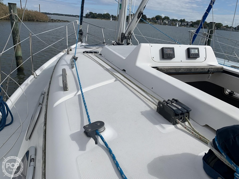 2000 Hunter boat for sale, model of the boat is 290 & Image # 26 of 40