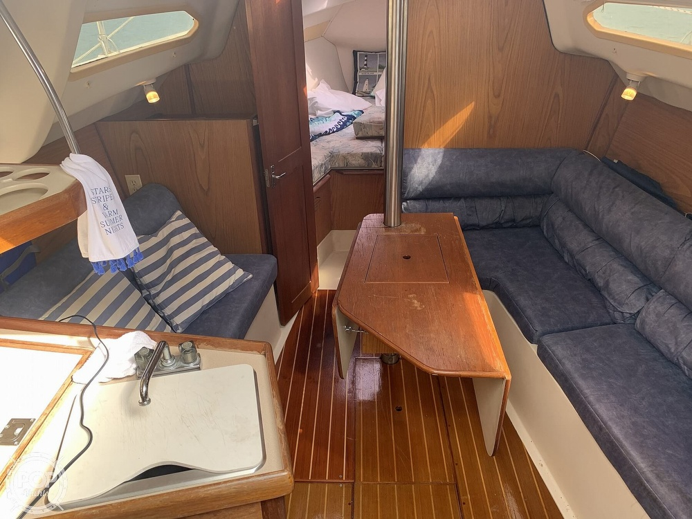 2000 Hunter boat for sale, model of the boat is 290 & Image # 29 of 40