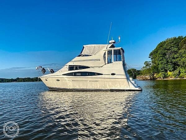 366 Carver Motor Yacht