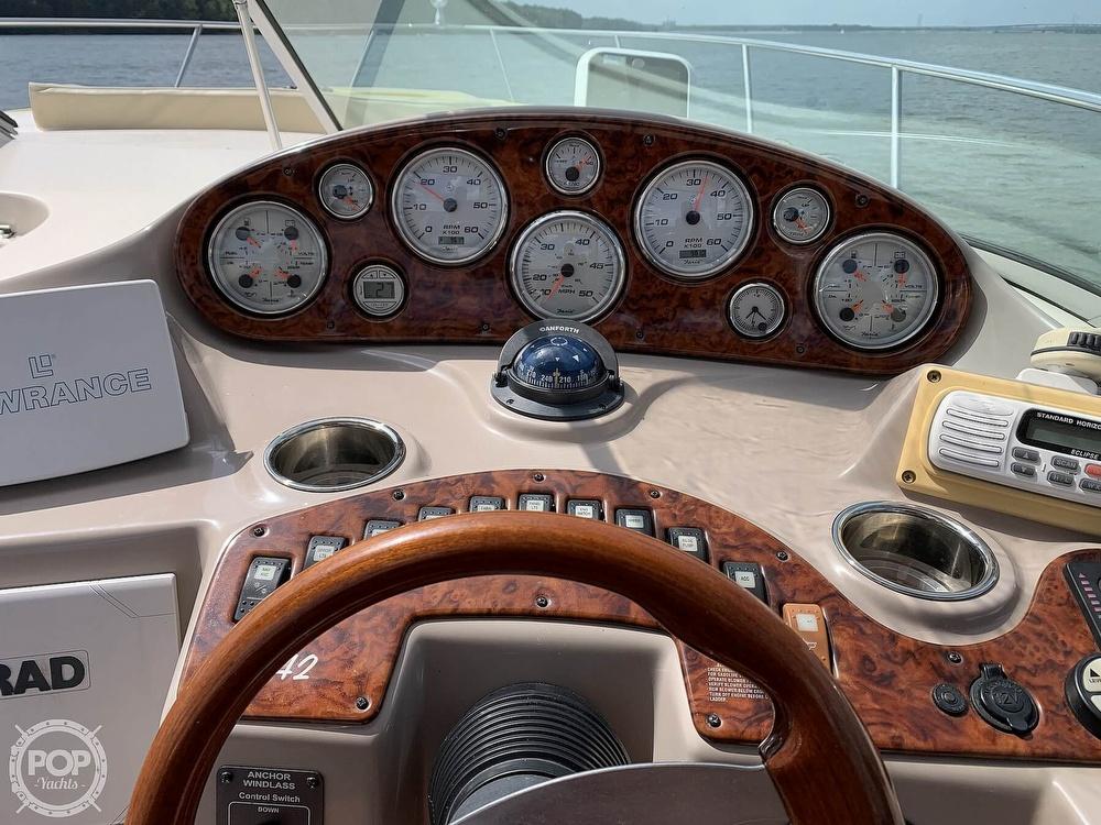 2004 Rinker boat for sale, model of the boat is 342 Fiesta Vee & Image # 11 of 41