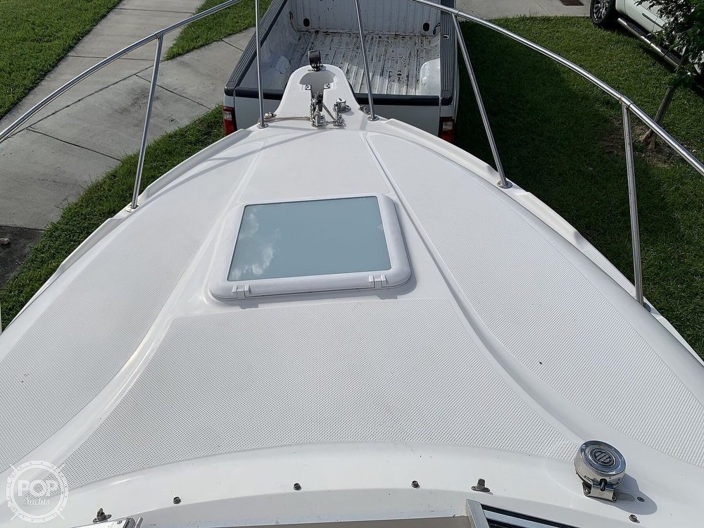 2003 Maxum boat for sale, model of the boat is 2400 SE & Image # 2 of 40