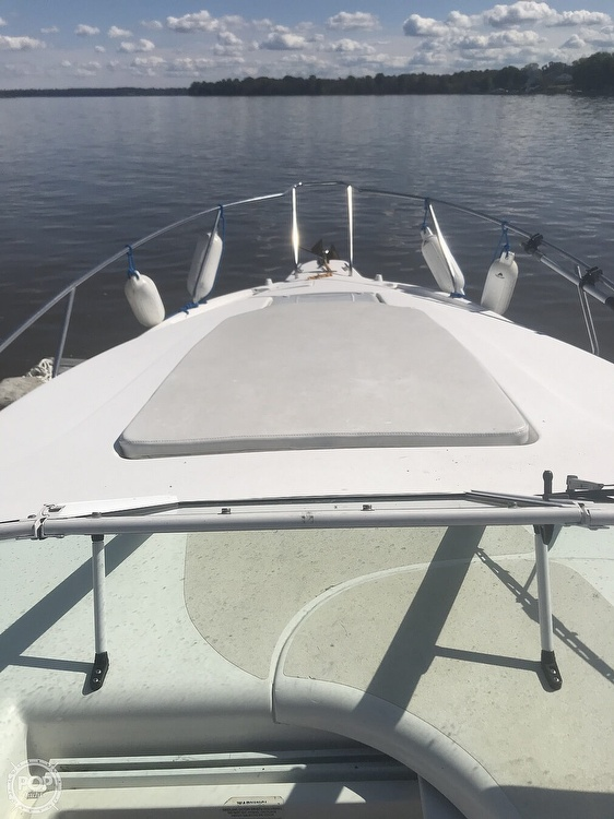 1996 Silverton boat for sale, model of the boat is 271 Express & Image # 32 of 41