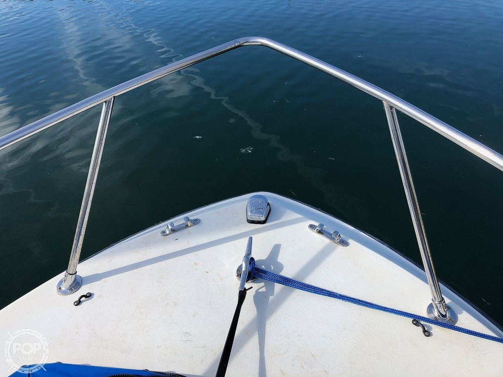 1987 Wellcraft boat for sale, model of the boat is 23 Sports Fisherman & Image # 16 of 40